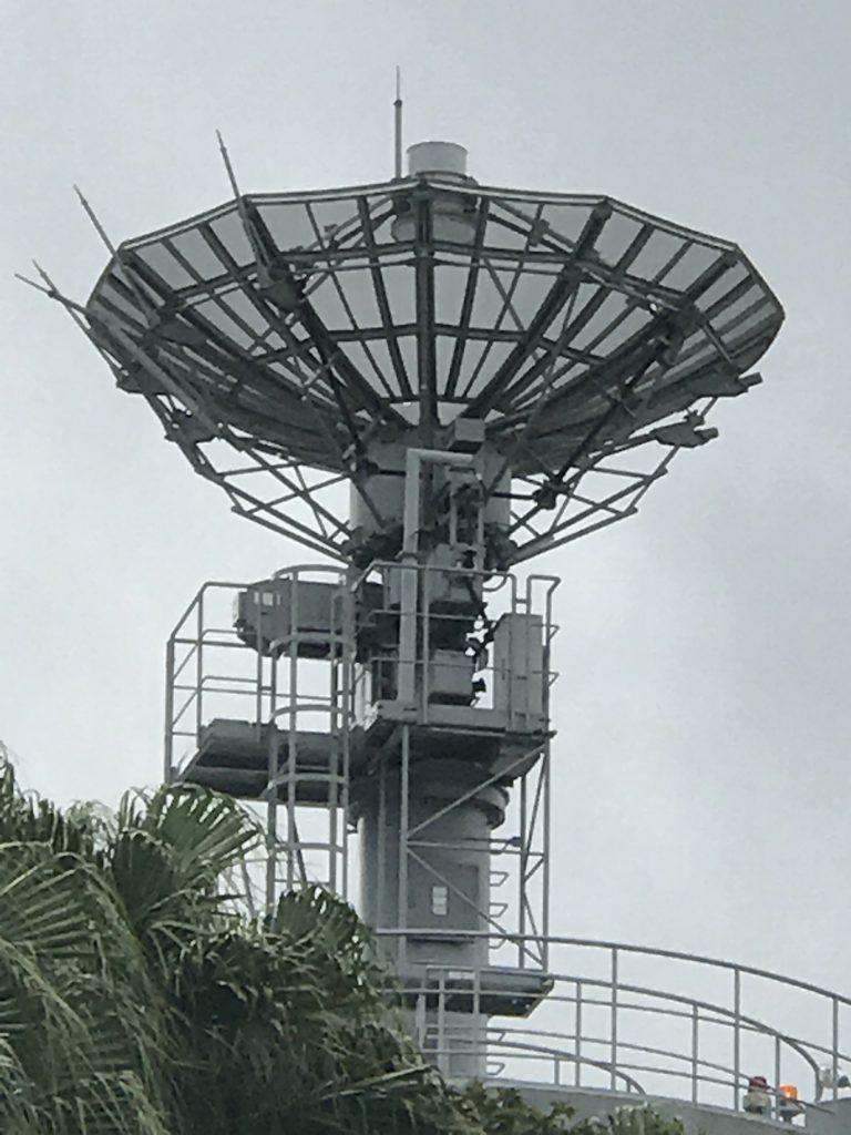 JAXA小笠原追跡所 アンテナのアップ