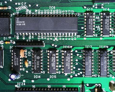 CPUとVRAMの拡大図